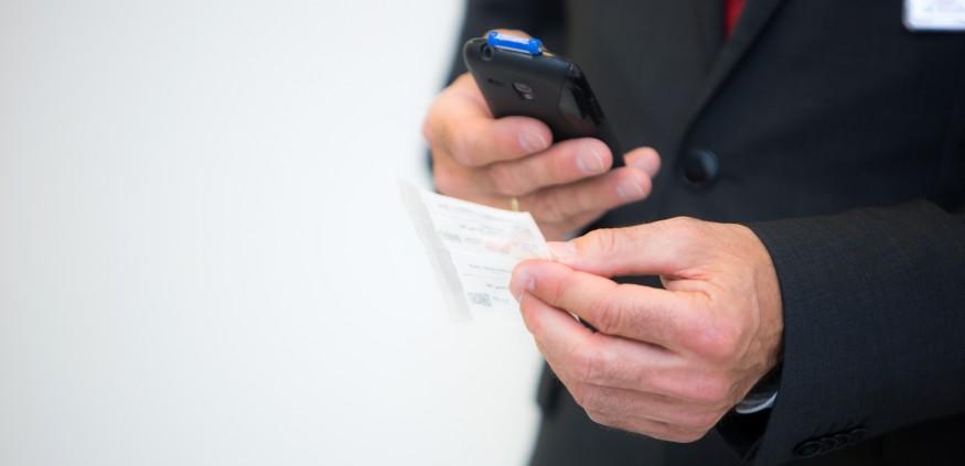 Arzneimittelsicherheit: Uniklinik führt digitalen ...