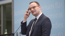Bundesgesundheitsminister Jens Spahn hat auf Facebook angekündigt, dass er die PTA-Ausbildung grundsätzlich reformieren wolle. (Foto: Külker)