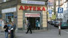 Nur noch in Apothekerhand: Die polnische Regierung will den Entwicklungen auf dem liberalisierten Markt nicht mehr zuschauen und schafft die Möglichkeit des Fremdbesitzes ab. (Foto: dpa)
