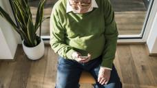 Die iPROGNOSIS App wird derzeit in vier Ländern, darunter auch in Deutschland in einer Studie erprobt. Sie soll Parkinson-Patienten bei der Früherkennung und Begleitung helfen. (Foto: Imago)