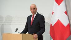 Der Schweizer Bundespräsident Alain Berset möchte aus Modellprojekten zum Cannabis-Konsum lernen. (c / Foto: Imago)
