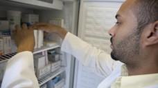 In den Kühlschränken der Apotheken scheint es wieder Oxytocin zu geben. (m / Foto:imago images / Medicimage)