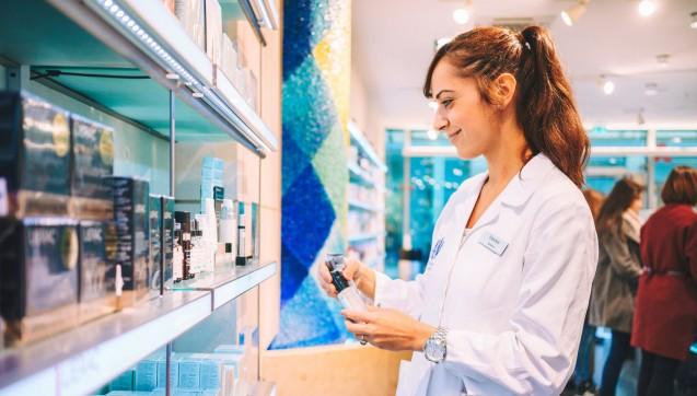 Qualität auch bei der pharmazeutischen Beratung: Jeder Apotheker hat sein Spezialgebiet.