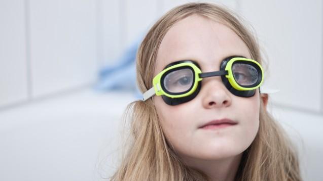 Was haben Taucherbrillen mit Neurodermitis zu tun? (b/Foto: michael hampel / stock.adobe.com)