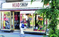 D1312_bei_headshop.jpg
