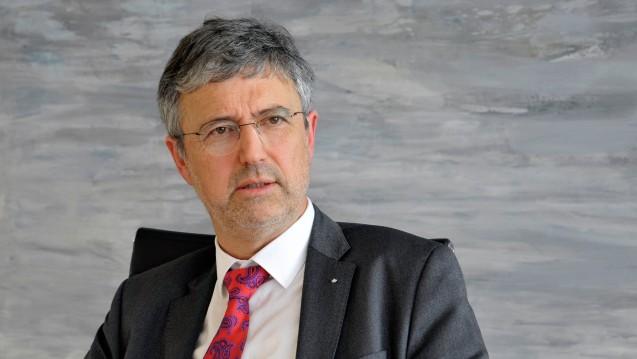 Große Umwälzungen im Apothekenmarkt fordert Martin Litsch, Vorstandsvorsitzender des AOK-Bundesverbandes, in einem Positionspapier zur Bundestagswahl. (Foto: dpa)