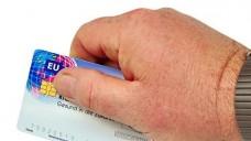 Kassen-Karten-Streit: Bürokratischen Aufwand für die Krankenkasse nicht entscheidend. (Foto: FM2 - Fotolia)