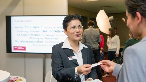 Hochkarätige Arbeitgeber beim Karrieretag auf der INTERPHARM