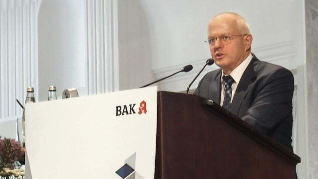 BAK-Präsident Dr. Andreas Kiefer (hier 2016) eröffnet traditionell den Pharmacon. (Foto: DAZ)