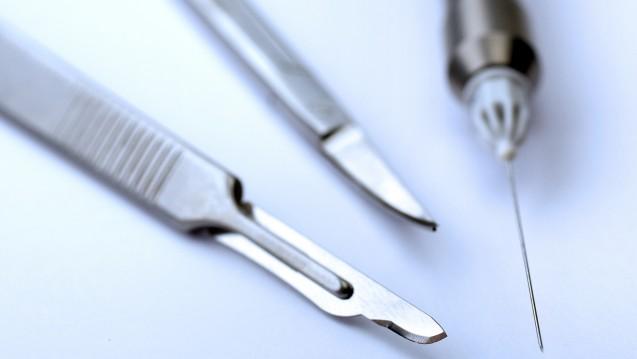 Auch über chirurgische Instrumente streitet man noch: In welche Risikogruppe fällt ein Skalpel? (Foto: euthymia/Fotolia)