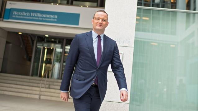 Bundesgesundheitsminister Jens Spahn (CDU) will zum 1. Februar größere thematische, organisatorische und personelle Veränderungen in seinem Ministerium vornehmen. (m / Foto: imago images / epd)