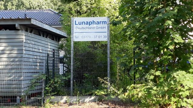 Lunapharm verliert seine Herstellungserlaubnis dauerhaft, will jedoch Widerspruch einlegen. Die Vorwurfsliste der arzneimittelrechtlichen Verstöße ist allerdings lang. (m / Foto: DAZ.online)