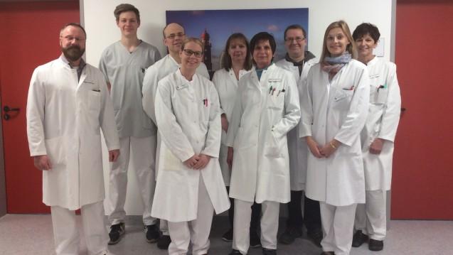 Das Team der Apotheke des Klinikums Bremerhaven Reinkenheide mit Chefapotheker Rainer Dubbels (1. v.l.).
