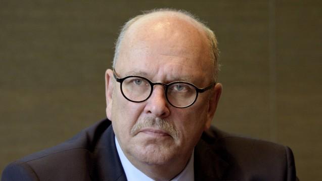 Stefan Grüttner gilt alsUnterstützer des Rx-Versandverbots. (c / Foto: imago)