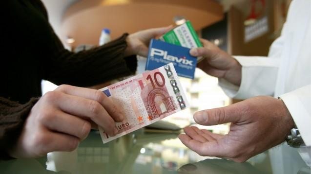 Das BMWi lässt Externe die Arzneimittelpreisverordnung und damit das Apotheken-Honorar prüfen. (Foto: picture alliance / Ulrich Baumgarten)