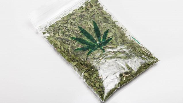 Bald aus Schweizer Apotheken: Der Schweizer Bundesrat plant, die Abgabe von Cannabis in Apotheken im Rahmen von Modellprojekten zu erlaubven. ( r / Foto: Imago)