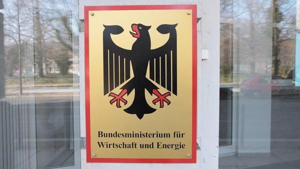 Bundesregierung vertröstet EU-Kommission beim Versandhandel