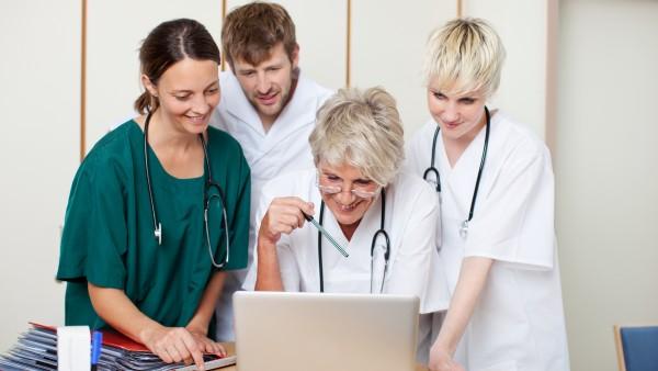 """Weiterbildung """"Medikationsmanagement im Krankenhaus"""" verabschiedet"""