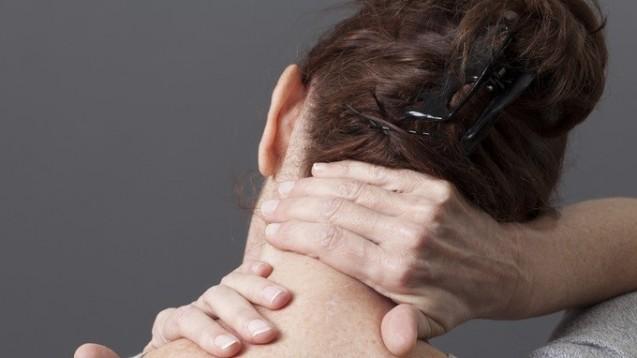 Rückenschmerzen, psychische Leiden: 2014 waren BKK-Versichtere im Schnitt 16 Tage arbeitsunfähig. (Foto: Laurent Hamels - Fotolia)
