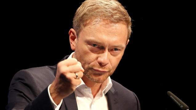 Für mehr Wettbewerb: FDP-Chef Christian Lindner macht sich in einem Interview dafür stark, dass nach dem EuGH-Urteil mehr Wettbewerb in den Apothekenmarkt einzieht. (Foto: dpa)