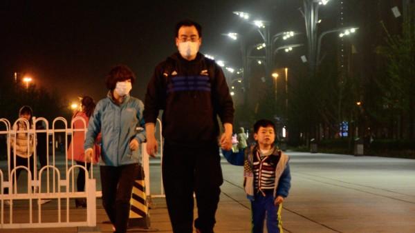 Jedes siebte Kind weltweit atmet giftige Luft