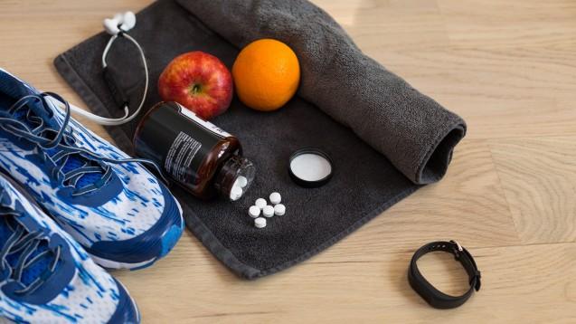 Vitamine und Mineralstoffe werden im Leistungssport am häufigsten supplementiert. Für diese Mikronährstoffe in NEM gibt es bis heute keine gesetzlich geregelten Höchstmengen innerhalb der EU – Nebenwirkungen infolge einer Überdosierung gibt es allerdings sehr wohl. (Foto: Marlon Bönisch / stock.adobe.com)