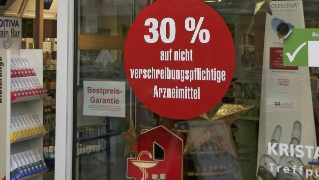 Preisnachlässe und andere Werbegaben - was ist erlaubt in der Apotheke? ( r / Foto: Imago)
