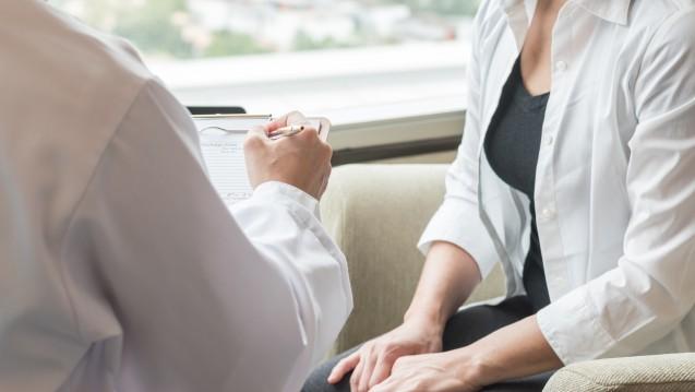 Nach den Plänen des Bundesgesundheitsministeriums könnten Psychotherapeuten zukünftig auch Psychopharmaka verschreiben. (Foto:Chinnapong / stock.adobe.com)