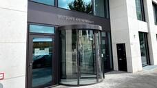 """Im Deutschen Apothekerhaus in der Heidestraße führt die vom GKV-SV und dem DAV gebildete """"paritätische Stelle"""" ihre Geschäfte. (c / Foto: DAZ)"""
