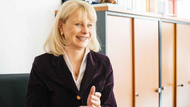 Die neue gesundheitspolitische Sprecherin der Unionsfraktion, Karin Maag, will das Honorar-Gutachten des BMWi nicht von sich aus aufgreifen, um die Vergütung der Apotheker zu reformieren. (Foto: Külker)
