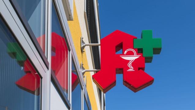 Ab Montag sind Deutschlands Apotheken mit dem neuen Rahmenvertrag konfrontiert. (r / Foto:imago images / imagebroker)