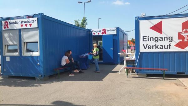 Apotheke muss in Container ziehen