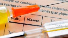 Für Jens Spahn müssen Ärzte, Eltern, Schulen und Kitas bei der Masernimfpung besser zusammenarbeiten. Die Impfquote soll auch für die zweite Impfung bei 95 Prozent liegen. (Foto: Imago)