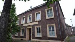 """Waren die Gesetze zu lax? Drei Patienten eines """"Biologischen Krebszentrums"""" in Brüggen-Bracht verstarben kurz nach der alternativmedizinischen Behandlung. (Foto: dpa / picture alliance)"""