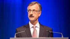 Die Arbeit der ABDA muss nachhaltig sein, genauso wie die Gesundheitspolitik, betont ABDA-Hauptgeschäftsführer Dr. Sebastian Schmitz auf dem Apothekertag. (Foto: Schelbert)