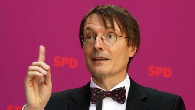 So nicht! SPD-Fraktionsvize Karl Lauterbach will noch einen Kompromiss in Sachen Versandhandel aushandeln. Der Union macht er den Vorwurf, die Apotheker auszunutzen. (Foto: Sket)