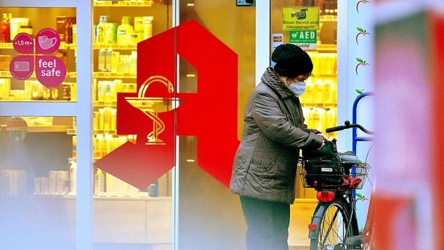 Laut der jüngsten APOkix-Umfrage ist der Optimismus der Apotheker spürbar gesunken. (Foto: IMAGO / Jan Hübner)