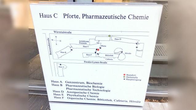 Am vergangenen Wochenende fand die BVT am Campus in München-Großhadern statt. Hier der Eingang zur pharmazeutischen Chemie in München. (Foto: jb / DAZ.online)