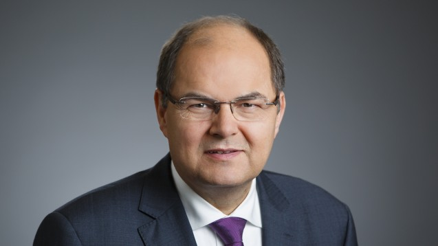 Minister Schmidt will bei Tabakwerbung hart durchgreifen. (Foto: BMEL/photothek.net/Thomas Köhler)