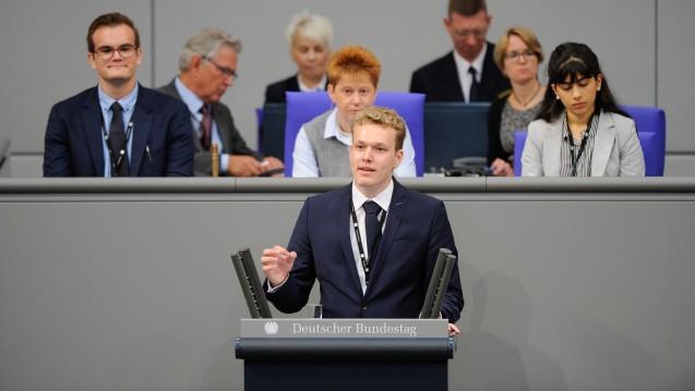 Der Pharmaziestudent Benedikt Bühler ist mit seiner Petition zum Rx-Versandverbot vorerst gescheitert. (b/Foto: privat)