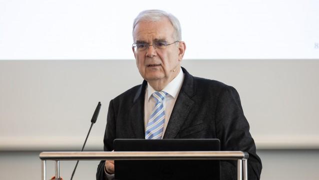 Prof. Dr. Hilko Meyer: Das Parlament macht die Gesetze, nicht der Bundesgesundheitsminister. (m / Foto: Alex Schelbert)
