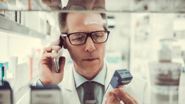 Preisanker: Apotheker und PTA rufen mehrmals täglich beim Arzt an