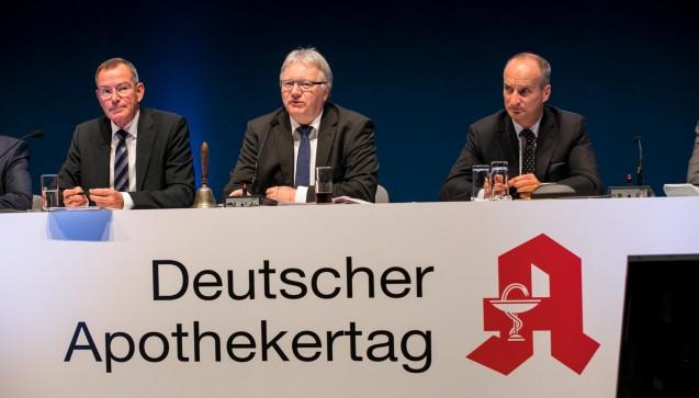 ABDA-Vize Matthias Arnold eröffnete die Antragsberatung am zweiten Tag. (Foto: Schelbert)