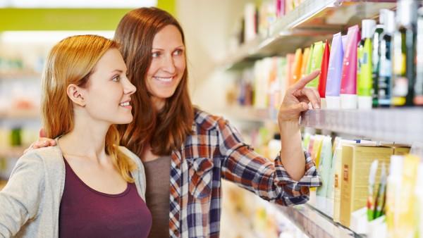 Verbraucher geben mehr Geld für dekorative Kosmetik aus