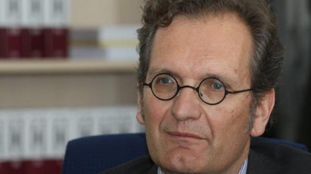 Walter Oberhänsli, Zur Rose-Vorstandschef, setzt weiter auf Wachstum. Nach dem EuGH-Urteil erwartet er dieses auch im Versandgeschäft mit verschreibungspflichigen Arzneimitteln. (Foto: Sket)