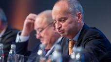 Wie geht es weiter? ABDA-Präsident Friedemann Schmidt und DAV-Chef Fritz Becker müssen bei der heutigen ABDA-Mitgliederversammlung eine schwierige Debatte über die Zukunft der Apotheken führen. (s / Foto: Schelbert)