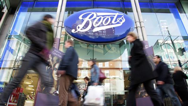 Politiker kritisieren Apothekenkette für zu hohe Preise