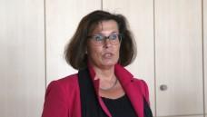 Gehen Sie zur Apotheke! Die CDU-Politikerin Antje Tillmann verteidigte am Donnerstagabend in Erfurt die Apotheke vor Ort vor mehreren Versandapotheken-Fans. (Foto: diz)