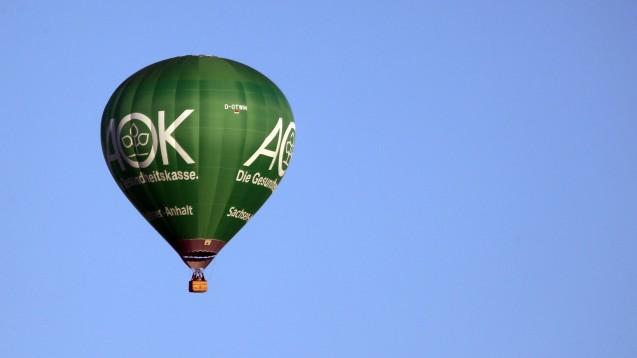 """Zu hoch geflogen? Die AOK Ba-Wü ist bei ihrem ersten Versuch, Kriterien wie eine """"geschlossene Lieferkette"""" in eine Rabattvertragsausschreibung einzubringen, in erster Instanz gescheitert. (Foto: IMAGO / Frank Sorge)"""