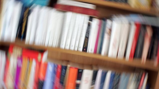 Union und SPD wollen um die festen Buchpreise kämpfen– aus Sicht der SPD können Online-Händler mit dem Buchhandel vor Ort nicht mithalten. (c / Foto: imago)